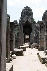 20130825-DSC_6067.jpg (toshworld) Tags: 35mm nikon cambodia f14 14 sigma angkorwat siem reap thom siemreap angkor wat 35 bayon d800 angkorthom 3514   hsm  sigma35mmf14hsm