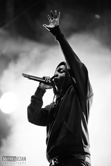 Kendrick Lamar (Mathieu EZAN) Tags: show bw paris france festival lights concert live gig nb mc american hiphop rap 135mm fumes rockenseine 2013 canon5dmarkiii kendricklamar mathieuezan