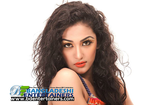 model-and-actress-Nafisa-Kamal-Jhumur-(9) - 16298323033_23e9a8edf5