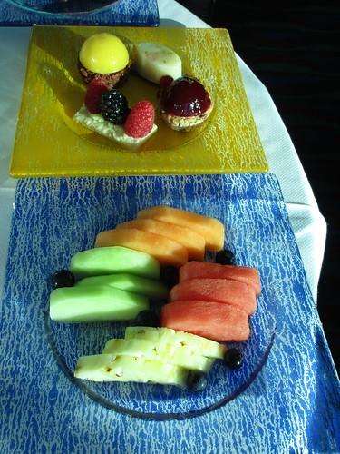 Dubai, Skyview bar fruits and sweets