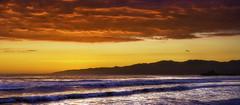 Santa Monica Beach (3dRabbit) Tags: ocean santa ca sunset panorama usa sun mountain color beach water canon lens pier pacific monica usm f4l ef1740mm