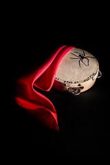 (ValeBPH) Tags: red music stilllife black spider drum headscarf musica foulard handkerchief tambourine rosso nero salento puglia ragno tamburello taranta pizzica fazzoletto