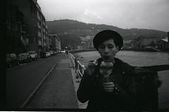 Bubble noire (andonip13) Tags: film 35mm canon kodak bubble analogue noire