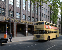 50 Jahre Buslinie 94 (Chris Grabert) Tags: bus berlin linie 94 charlottenburg hausdesrundfunks