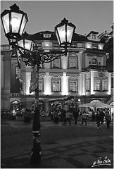 Calle Staromstsk, Praga (paco zerpa) Tags: blackandwhite panorama blancoynegro landscape europa prague praha praga panoramica panoramicas nocturna nocturnas