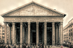 (Harry2010) Tags: rome columns pantheon
