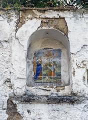Meta (NA), 2016, Via Pontevecchio. (Fiore S. Barbato) Tags: italy campania penisola sorrentina meta madonna lauro edicola edicoletta pontevecchio