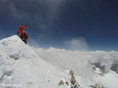 004-hans i jo al Cim-Arjun (ferran_latorre) Tags: nepal summit alpinismo montaa makalu cumbre ferranlatorre cat14x8000 hanswenxl arjunvajpai boyanpetrov