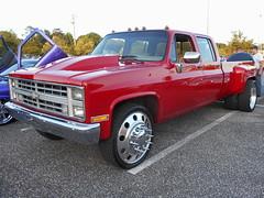 1986 Chevy C-30 Silverado 3+3 (splattergraphics) Tags: truck 33 pickup chevy custom 1986 silverado cruisenight c30 duallie glenburniemd dualie lostinthe50s marleystationmall