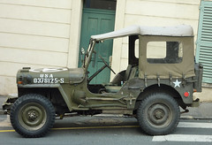 Vintage USA Jeep on the streets of Rambouillet, France (Monceau) Tags: usa france vintage jeep rambouillet