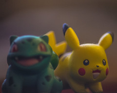 Pokemon (Monsieur Aimable) Tags: jaune miniature vert pikachu pokemon monstre