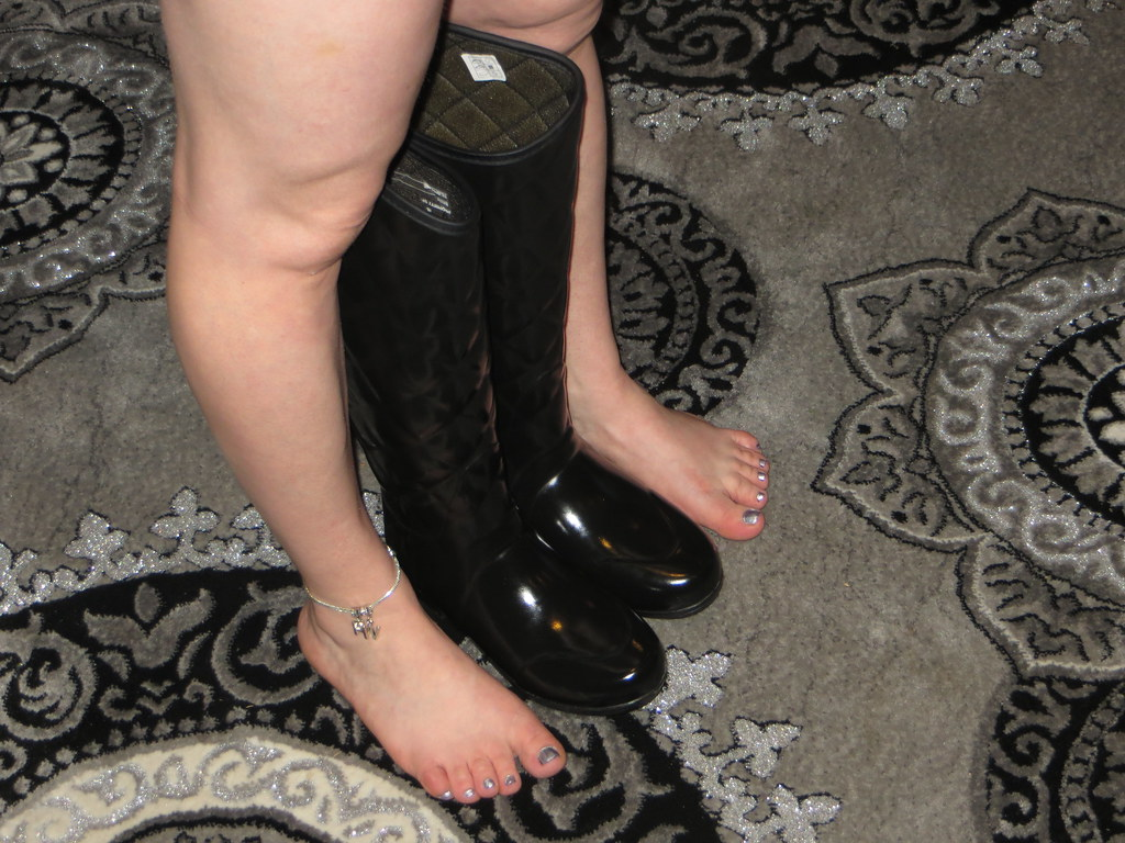 Milf in boots flickr wordpress