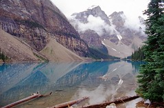 Moraine Lake (wjw0608) Tags: lake canada water alberta banffnationalpark morainelake