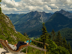 Chill. (stefanfriessner) Tags: mountain lake salzburg austria outdoor hiking wolfgangsee mondsee