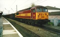 EWS Class 56 56038 - Warrington Bank Quay (dwb transport photos) Tags: grid warrington locomotive warringtonbankquay ews 56038