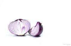 Purpel Onion 101wm (L Urquiza) Tags: life naturaleza table still top bodega onion muerta