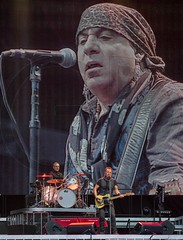 Bruce Springsteen (GD-GiovanniDaniotti) Tags: brucespringsteen bruce springsteen brucespringsteentheestreetband street band cappello stadio milano usa america american flag river concert guitar boss theboss frederick joseph musician singer songwriter newjersey unitedstates rock stadium tour italy nilslofgren stevenvanzandt steven little miami roybittan garrytallent maxweinberg soozietyrell charlesgiordano jakeclemons mani hand charles clemons roy garry max soozie