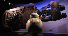 BB-8 (Sandman1973) Tags: usa star robot starwars florida disney wars droid bb8 nikonp330