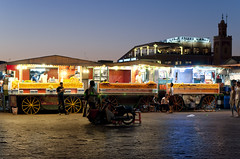 Jamaa_El_Fna (Symp-tique) Tags: street nikon marrakech nikkor 50 d90 f14d