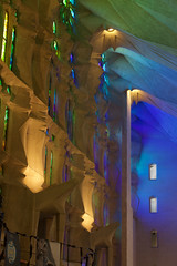 Luz Controlada 2 SF (juankgraf) Tags: barcelona espaa luz familia arcoiris spain gaudi sagradafamilia sagrada templo templi luzcontrolada