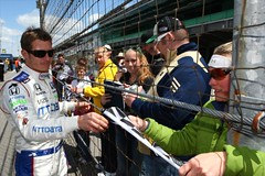 Ryan Briscoe signing autographs for fans (indianapolismotorspeedway.com) Tags: camera speed canon mark length mode rating eos1d 241 5focal 111iso iiiexposure 250metering 1400fnumber