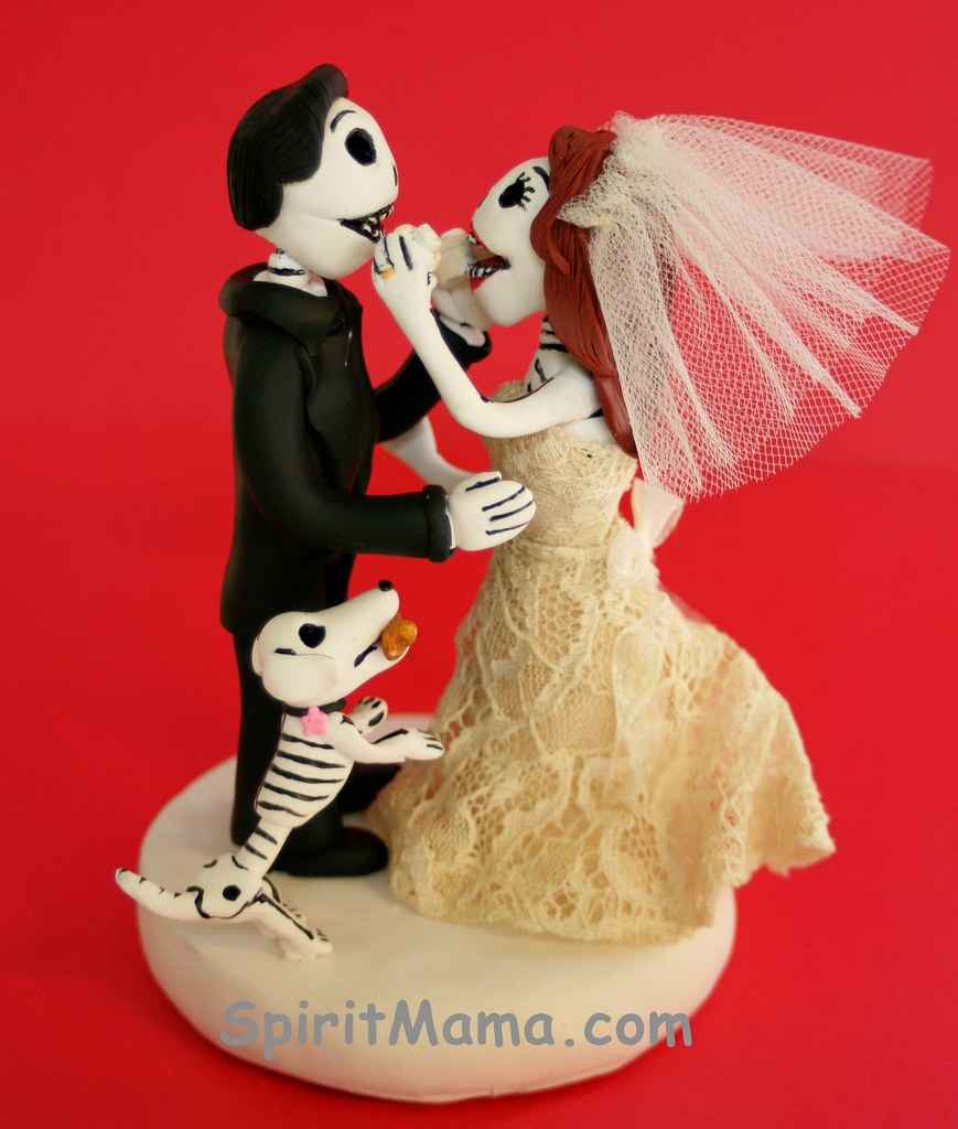 Bride Feeding Groom Cake Topper