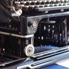IMG_0912 (trevor.patt) Tags: typewriter apt underwood hcesar elliottfisher