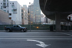 Folsom St (individual8) Tags: sanfrancisco road street bridge usa car unitedstates may arrow folsomst 2013