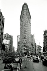 Flatiron (Bill Smith1) Tags: nyc midtown xtol ilfordhp5400 leicam42 spring2013 voightlander28f35lens