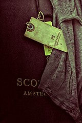 Day 134 - Scotch & Soda (William Adam) Tags: amsterdam bag label soda scotch couture hdr grungy paperbag scotchandsoda scotchsoda effex williamadam oilragtshirt