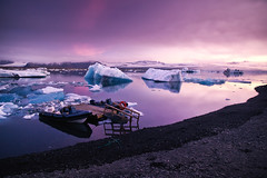 Jokulsarlon glacier tours (Dennis_F) Tags: sunset summer ice nature water colors beautiful night sunrise landscape island see iceland wasser europa europe sonnenuntergang sommer natur north norden lagoon glacier polar tours gletscher eis landschaft isle sonnenaufgang farben jkulsrln morgens nachts vulkan eveing vulcanic treibeis islandic gletscherlagune