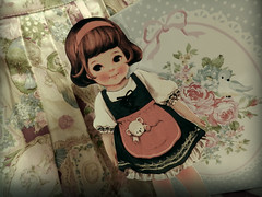 Paper Doll Mate (Laura MG) Tags: cute girl vintage toy doll korea retro niña korean juguete muñeca shabby corea coreana afrocat paperdollmate