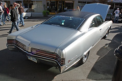 1968 Buick Wildcat Custom 2-Door Hardtop (5 of 7) (myoldpostcards) Tags: auto cars hardtop car illinois buick route66 classiccar vintagecar automobile gm antiquecar tail il international springfield 1968 autos custom oldcar wildcat taillights musclecar taillight owner 2012 rearend backend generalmotors 2door motorvehicle collectiblecar lariviere motherroadfestival myoldpostcards vonliski 9212312 september21232012 stevelariviere