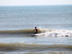 Surfer in Nags Head (SunRealtyOBX) Tags: beach surf nagshead outerbanks obx surfcontest