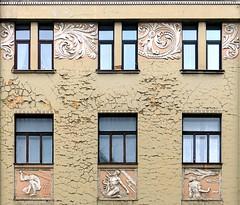 Riga Jugendstil 38 (Arnim Schulz) Tags: building art architecture liberty arquitectura arte kunst edificio latvia artnouveau architektur fachada btiment gebude modernismo faade modernisme fassade edifici jugendstil lettland altbau faana latvija stilefloreale belleepoque baukunst