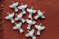 1 (artesminasgerais) Tags: natal minas gerais artesanato batizado dia dos mineiro artes namorados santo gesso presente espirito decoupage crisma pombinhas divino batismo encomendas