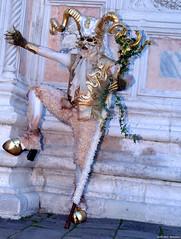 2015 - Venice - Six (Nemodus photos) Tags: carnival venice portrait france veneza de costume mask di carnaval venetian venise carnevale venecia venezia italie masque carnavale déguisement venitien 威尼斯 2015 venetië venecija venetsia veneetsia carnavalvénitien венеция abigfave ヴェネツィア البندقية βενετία veneţia costumés венеція nemodus mascherevenezianedallagodicomo वेनेज़िया fz1000 carnavaldevenise2015 carnevaledivenezia2015 venetianscarnival2015 венециякарнавал2015 karnevaluveneciji2015 karnevalvonvenedig2015