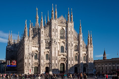 Duomo - Milan (Lorenzoclick) Tags: light italy milan architecture cathedral milano gothic fujifilm duomo cattedrale xt1 xf23mmf14