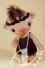 Mimi (Flint :o)) Tags: teddy handmade ooak piercing charleston plushie plushtoy 20s teddybr shimmy stofftier bodymodifications flappergirl artistbears germanmohair knstlerbren urbanics urbanteddy modebren fashionteddys grosstadtbren piercingteddys