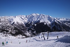 Courmayeur-Mont Blanc (romanboed) Tags: leica blue winter sky italy snow ski mountains alps sport europe day skiing valle resort m clear summicron piemonte alpine 28 february courmayeur mont blanc piedmont skier active piste 240 slopes daosta
