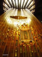Virgen de Guadalupe (booxmiis) Tags: church méxico architecture mexico temple arquitectura mexicocity df religion iglesia virgen templo basílica virgendeguadalupe ciudaddeméxico religión villadeguadalupe booxmiis nuevabasilicadeguadalupe
