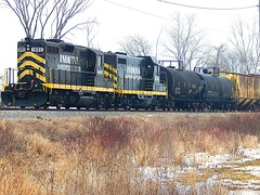 INER mixed freight waiting for the mainline to clear at Edon Ohio (Matt Ditton) Tags: railroad ohio train iner edon