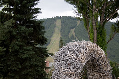 antlers (brianficker) Tags: statue jackson skiresort rockymountains wyoming mountainwesttrip07