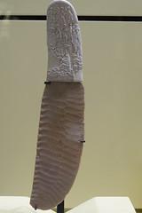 Pugnale di Gebel el Arak, 3300 A.C (3) (vincenzovacca) Tags: di ei parigi arak gebel pugnale museodellouvre