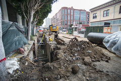 160504_1026_4thStSTS (Central Subway) Tags: sf sanfrancisco project construction trench muni soma extension lightrail sewer 4thstreet southofmarket excavator excavation phase2 sts centralsubway sanfranciscomunicipalrailway utilitywork sfmta bluxomealley tthirdline trenchshield forcemain sanfranciscomunicipaltransportationagency 6014thst surfacetrackwork