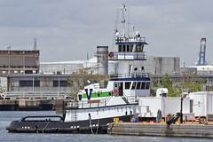 r_160519245_whcedu_a (Mitch Waxman) Tags: newyorkcity newyork tugboat statenisland vane killvankull workingharborcommittee educationtour