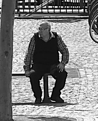 Old man sitting (Eric_G73) Tags: street old people blackandwhite bw candid streetphotography streetlife oldman elderly