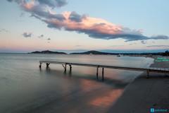 Sunset in Pinarellu beach (P.Ebner) Tags: pinarellu corse corsica france pier water landscape golden hour sunset sea mare beach reflection cloud