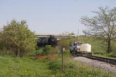 IARR HiRailerPLE (eslade4) Tags: ford hirail tankcars ple hyrail weedsprayer excnw iarr iowariverrailroad exmstl pinelakeethanol exiac