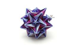 Majestic (Akizhi) Tags: art paper origami decoration craft modular kusudama